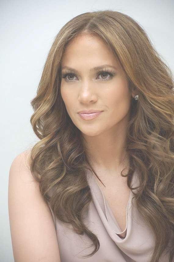 Pictures Of Jlo Curly Hairstyles Pertaining To Most Up To Date Jennifer Lopez Medium Haircuts (View 18 of 25)