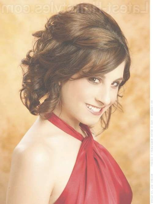 Prom Hairstyles For Medium Length Hair – Pictures And How To's With Regard To Latest Medium Hairstyles For Balls (View 18 of 25)