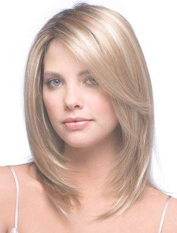 Really Easy Medium Haircuts For Thin Hair Round Face 2017 Inside Most Up To Date Medium To Medium Haircuts For Thin Hair (View 5 of 25)