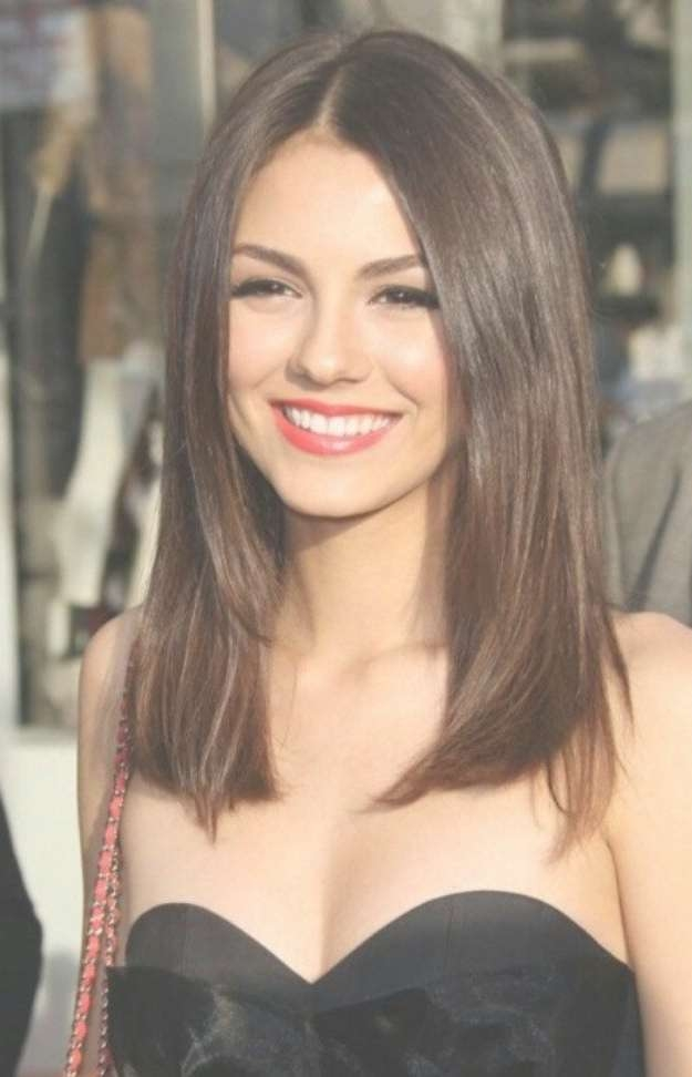 Really Quick Haircut Styles For Medium Straight Hair In Most Current Medium Haircuts For Straight Hair (View 5 of 25)