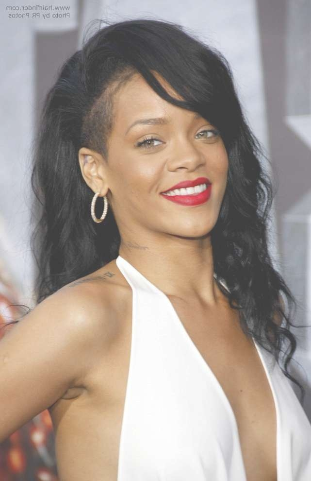 Rihanna Wearing Long Black Hair With A Shaved Side In Current Medium Hairstyles With Shaved Sides For Women (View 13 of 15)