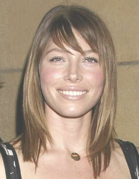 Round Face Medium Hairstyles With Bangs Inside Most Recently Medium To Medium Hairstyles For Round Faces (View 5 of 25)