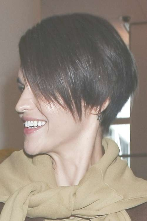 Ruby Rose's Hairstyles & Hair Colors | Steal Her Style | Page 2 With Best And Newest Ruby Rose Medium Hairstyles (View 15 of 15)