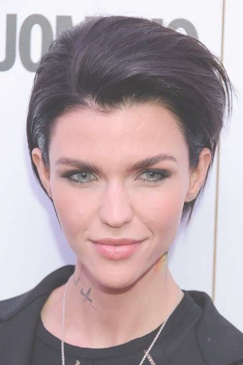 Ruby Rose's Hairstyles & Hair Colors | Steal Her Style Within Latest Ruby Rose Medium Hairstyles (View 14 of 15)