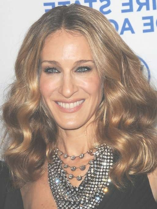 Sarah Jessica Parker Medium Length Hairstyle: Loose Curls With With Regard To Recent Center Part Medium Hairstyles (View 23 of 25)