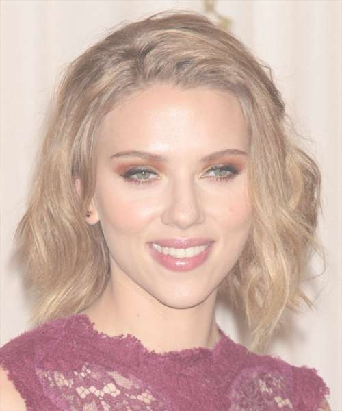 Scarlett Johansson Hairstyles In 2018 For Latest Scarlett Johansson Medium Haircuts (View 12 of 25)