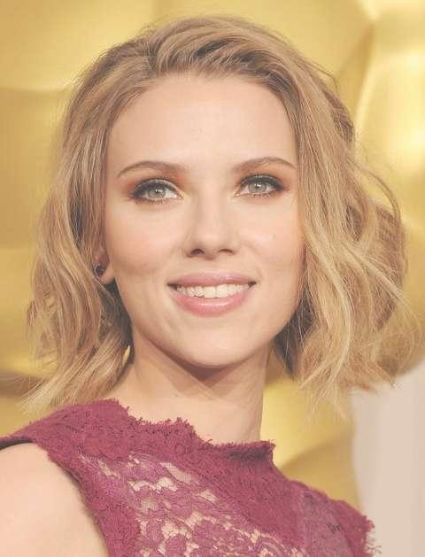 Scarlett Johansson Hairstyles: Short Wavy Haircut – Pretty Designs Inside Most Current Scarlett Johansson Medium Haircuts (View 8 of 25)