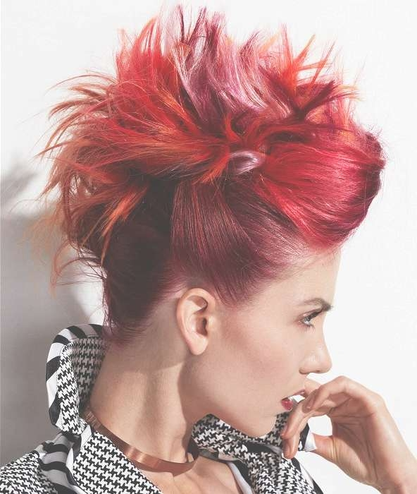 Featured Photo of Crazy Medium Hairstyles