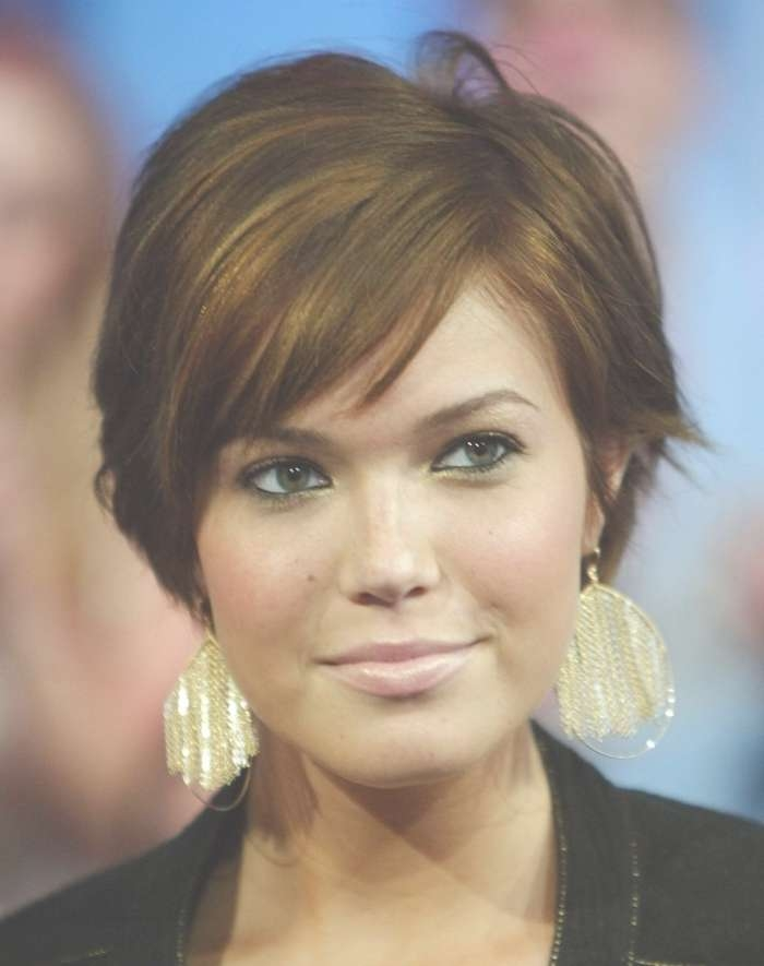 Gallery Of Medium Hairstyles For Big Foreheads View 16 Of 27 Photos