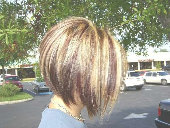 Short Inverted Bob Cut With Red Blonde & Brown Highlights Pertaining To Current Medium Haircuts With Red And Blonde Highlights (View 4 of 25)