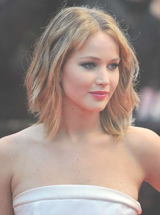 Short Layered Hairstyle For Women – Jennifer Lawrence Haircuts With Regard To Most Recently Jennifer Lawrence Medium Hairstyles (View 24 of 25)