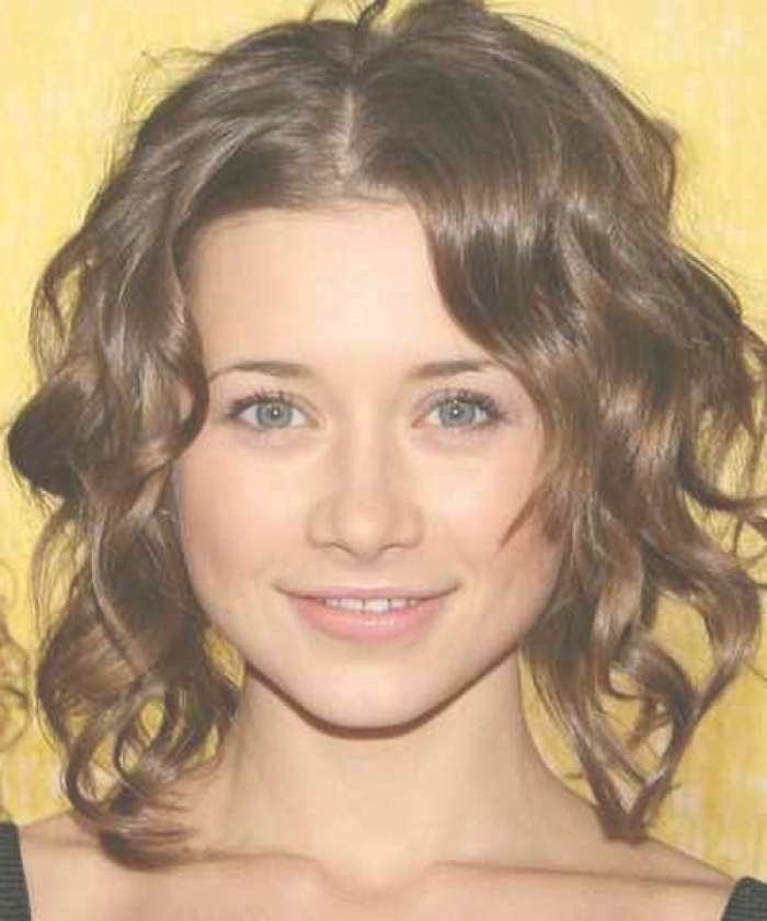 Short Natural Curly Hairstyles 2015 – Short Hairstyles 2018 With Most Recently Medium Haircuts For Naturally Curly Hair And Round Face (View 8 of 25)