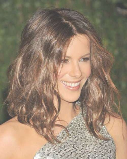 Short To Medium Hairstyles For Wavy Hair | Short Hairstyles 2016 In Recent Medium Haircuts For Wavy Hair (View 13 of 25)