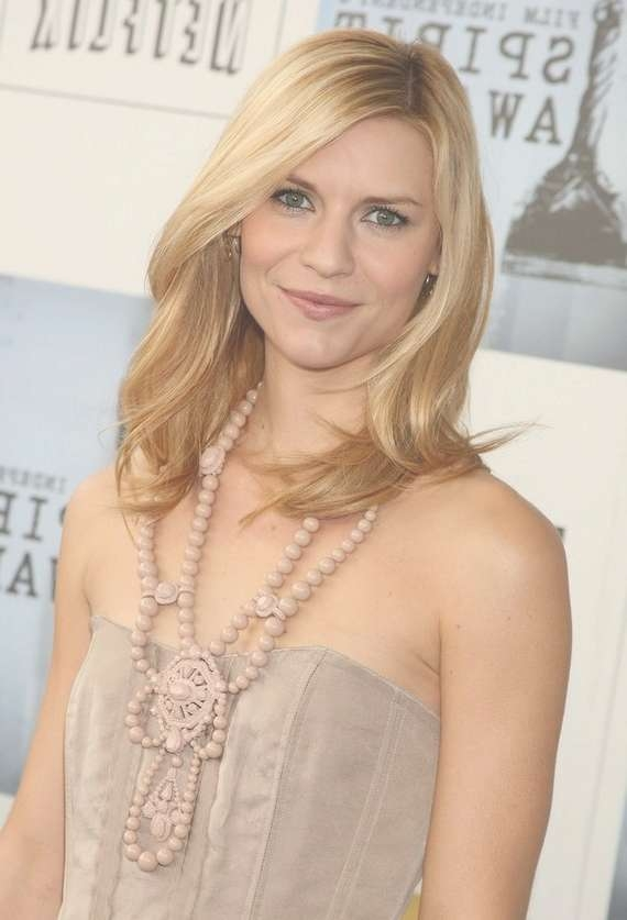 Shoulder Length Trendy Haircut – Claire Danes' Medium Length Intended For Most Up To Date Cute Celebrity Medium Haircuts (View 15 of 25)