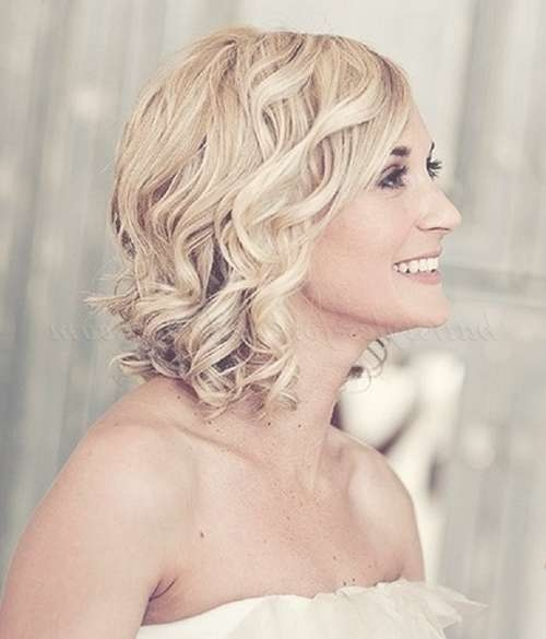 Shoulder Length Wedding Hairstyles – Medium Length Hairstyle For Intended For Most Popular Bridal Medium Hairstyles (View 7 of 25)