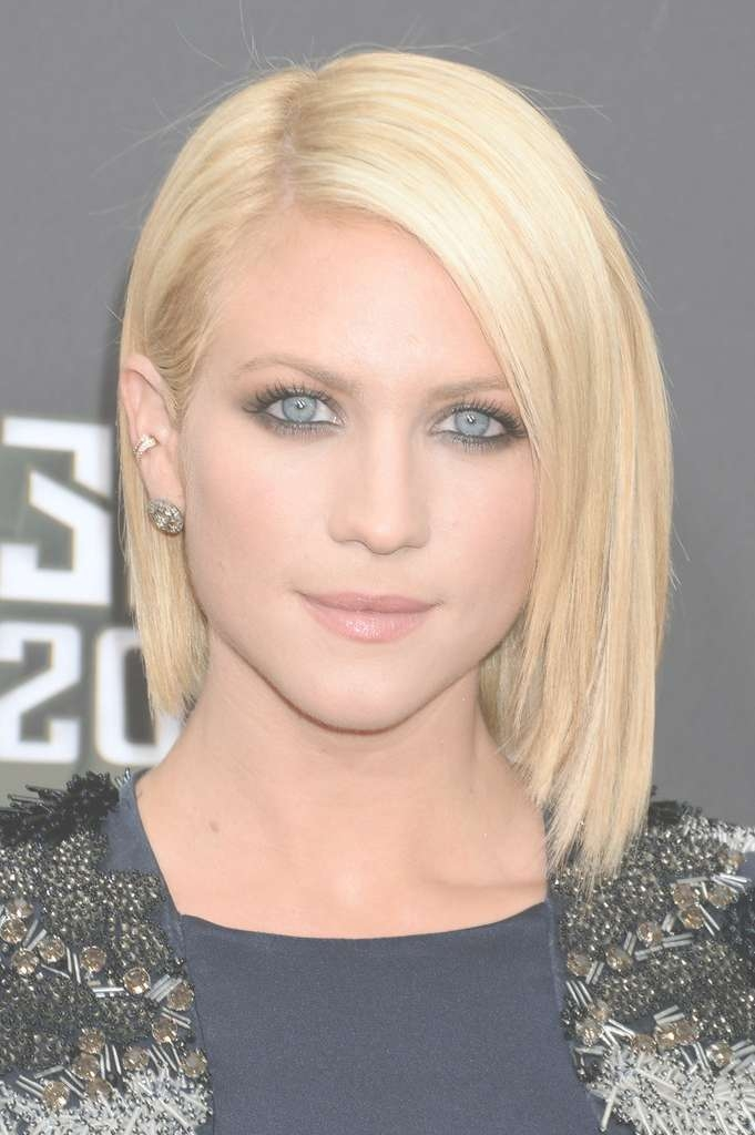 Simple Short Bob Hairstyles For Straight And Blonde Thin Hair Regarding Bob Haircuts For Straight Hair (View 24 of 25)