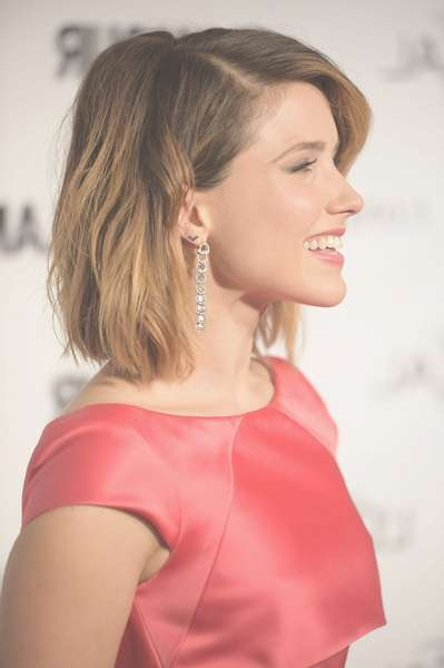 Sophia Bush Medium Wavy Cut – Sophia Bush Hair Looks – Stylebistro Throughout Latest Sophia Bush Medium Hairstyles (View 13 of 15)