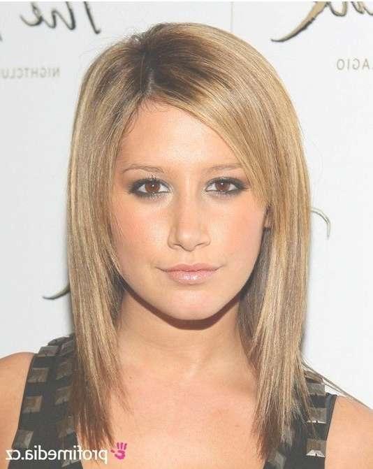 Straight Medium Hair Cut With Regard To Latest Medium Haircuts For Straight Hair (View 22 of 25)