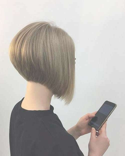 Stylish And Eye Catching 19 Graduated Bob Haircuts | Short Throughout Graduated Bob Haircuts (View 23 of 25)