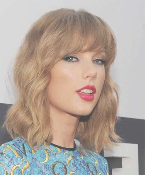 Taylor Swift Hairstyles For 2018 | Celebrity Hairstyles Intended For Most Recent Medium Haircuts With Fringes (View 18 of 25)
