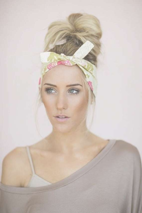 The 25+ Best Bandana Hairstyles For Long Hair Ideas On Pinterest Throughout Most Recently Medium Hairstyles With Bandanas (View 4 of 15)