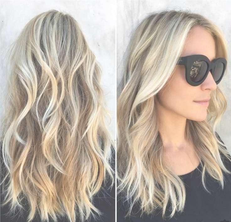 2018 Popular Medium Hairstyles Beach Waves