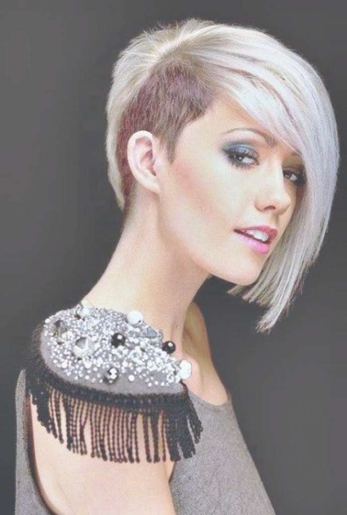 The 25+ Best Half Shaved Hairstyles Ideas On Pinterest | Half With Best And Newest Half Shaved Medium Hairstyles (View 3 of 25)