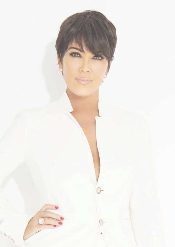 The 25+ Best Kris Jenner Haircut Ideas On Pinterest | Kris Jenner Within Most Popular Medium Haircuts Kris Jenner (View 20 of 25)