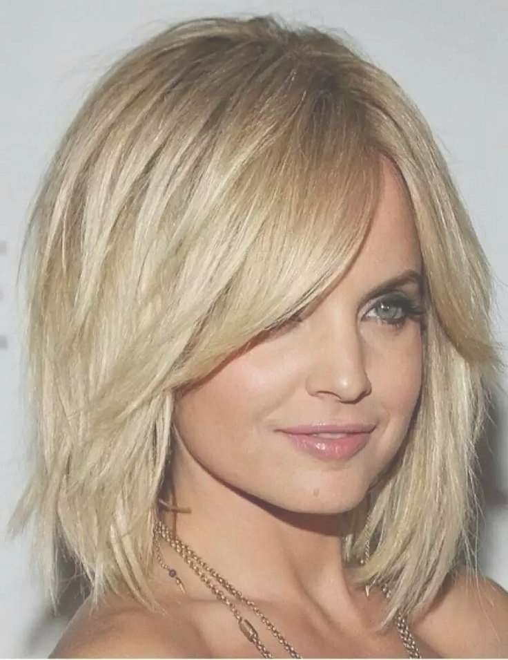 The 25+ Best Medium Fine Hair Ideas On Pinterest | Style Fine Hair Throughout Most Popular Trendy Medium Haircuts For Round Faces (View 18 of 25)