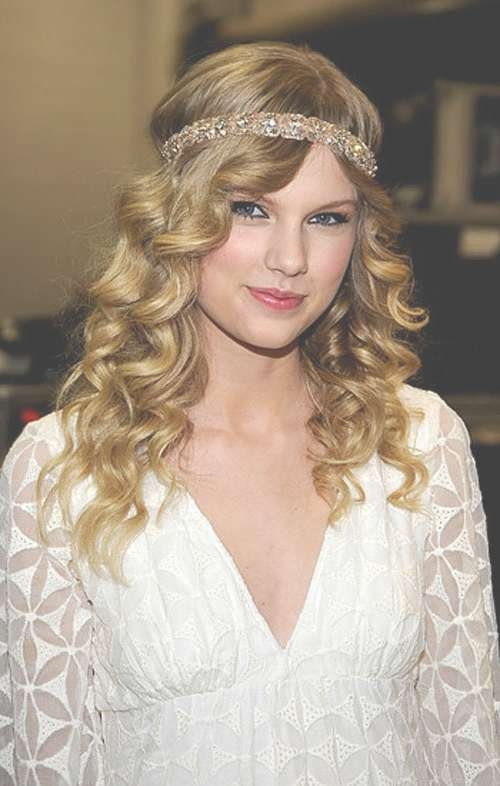 The Best Curly Hairstyles For Medium Length Hair – Hair World Magazine With Regard To Most Current Medium Haircuts With Headbands (View 2 of 25)