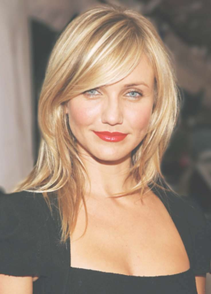 The Best Medium Length Hairstyles For Round Faces – Women Hairstyles Intended For Most Current Side Swept Bangs Medium Hairstyles (View 25 of 25)