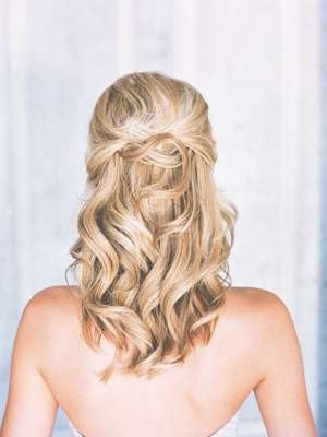 The Bridal Hairstyles Half Up Do Best Medium Hairstyle, Wedding In Most Up To Date Wedding Half Up Medium Hairstyles (View 2 of 25)