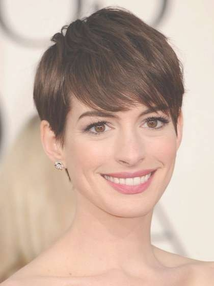 The Top 5 Haircuts For Women In Their 30S | Allure In Best And Newest Medium Haircuts For Women In Their 30S (View 25 of 25)