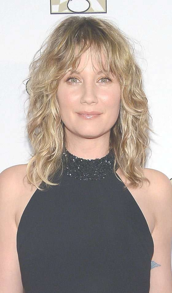 Top 10 Layered Hairstyles For Shoulder Length Hair In Current Medium Hairstyles With Side Bangs And Layers (View 25 of 25)