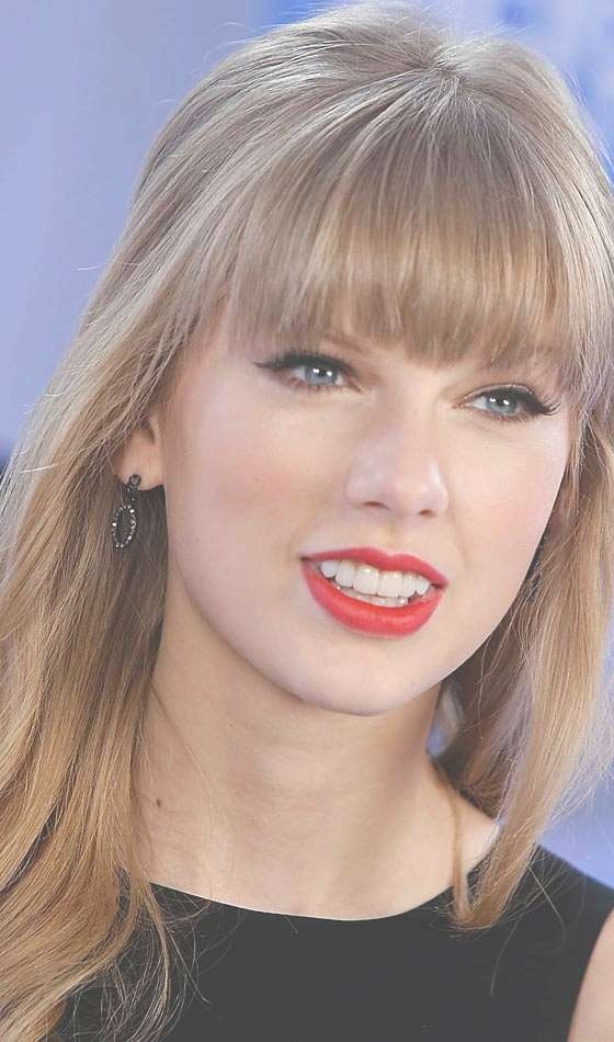 Top 10 Taylor Swift Hairstyles To Inspire You For 2018 Taylor Swift Medium Hairstyles (View 25 of 25)