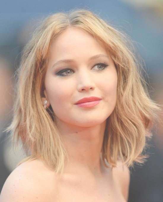 Top 18 Jennifer Lawrence Hairstyles & Haircuts Inspire You Try It Intended For Jennifer Lawrence Bob Haircuts Jennifer Lawrence (View 13 of 25)
