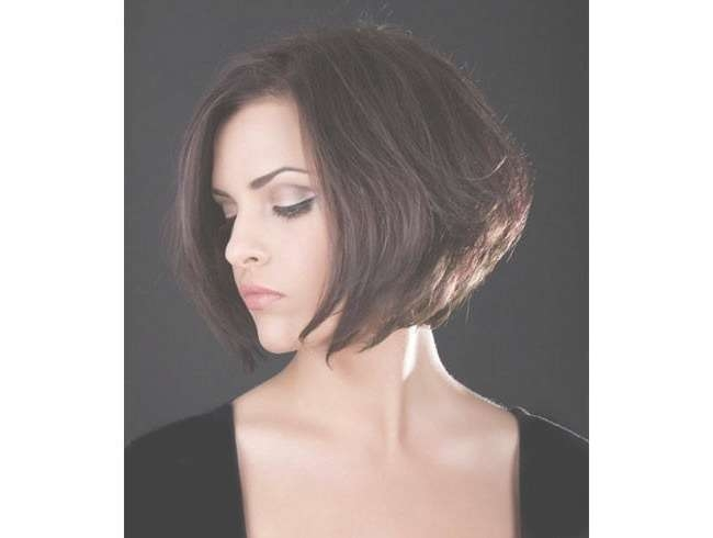 Top 3 Hairstyles For Petite Women Intended For Recent Medium Hairstyles For Petite Faces (View 15 of 15)