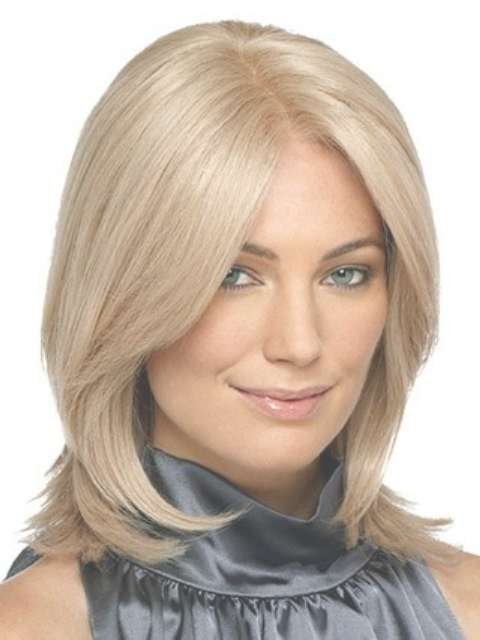 Trendy Medium Length Hairstyles For Round Faces – Pictures & Tips Within Latest Straight Medium Hairstyles For Round Faces (View 10 of 25)