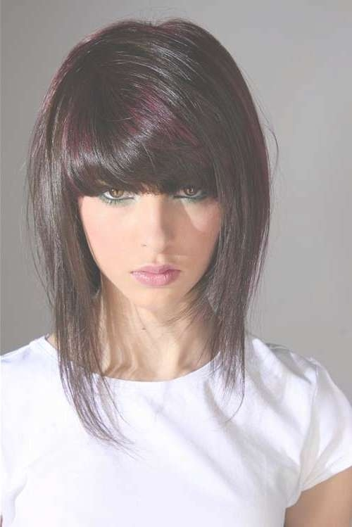 Trendy Short To Medium Hairstyles With Bangs And Layers For Women In Best And Newest Medium Hairstyles For Women With Bangs (View 10 of 25)