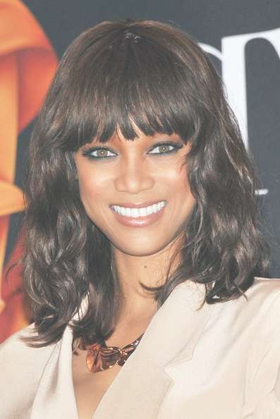 Tyra Banks Medium Wavy Cut – Tyra Banks Hair Looks – Stylebistro Regarding Most Popular Tyra Banks Medium Hairstyles (View 12 of 15)