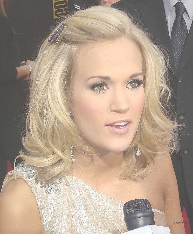 Underwood Bob Hairstyle Luxury Carrie Underwood Bob Haircut Choice Regarding Carrie Underwood Bob Haircuts (View 24 of 25)