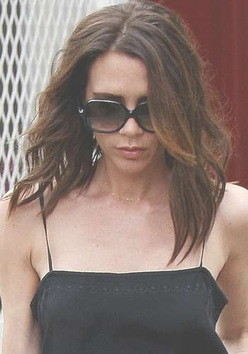 Victoria Beckham Hair Styles Over The Years Throughout Current Victoria Beckham Medium Hairstyles (View 4 of 25)