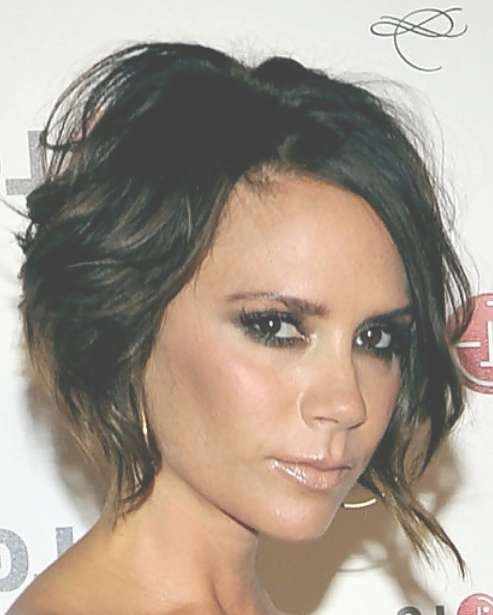 Victoria Beckham Messy Haircut – Hairstyles Weekly For Most Up To Date Victoria Beckham Medium Hairstyles (View 8 of 25)