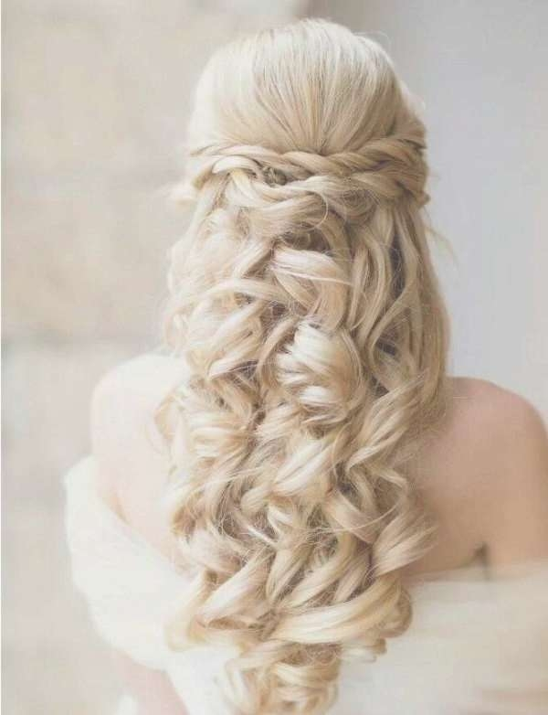 Wedding Hairstyles For Medium Length Hair Half Up – Blomwedding Regarding Most Recent Wedding Half Up Medium Hairstyles (View 5 of 25)