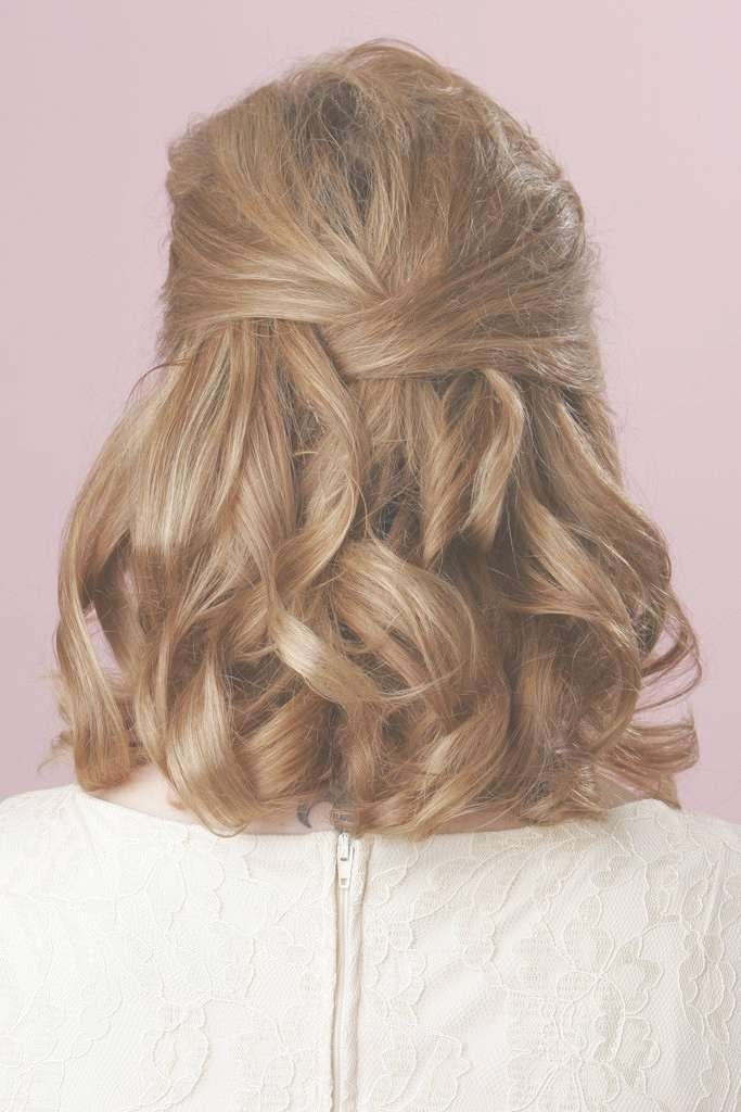 Wedding Hairstyles Medium Length Hair Half Up Down 2017 Regarding Most Popular Wedding Half Up Medium Hairstyles (View 19 of 25)