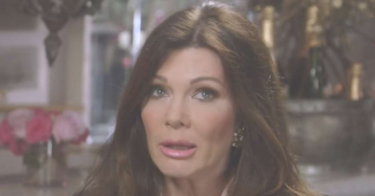 Why Tyler Henry Made Lisa Vanderpump Cry During 'hollywood Medium With Regard To Most Current Old Hollywood Medium Hairstyles (View 25 of 25)