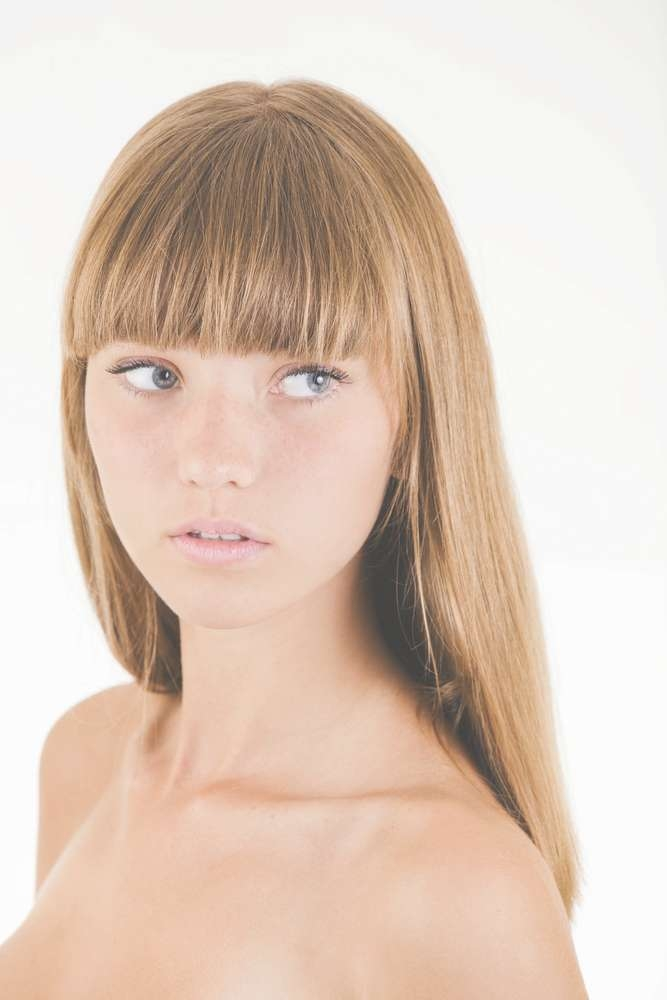 Women Hairstyles : Hairstyles To Suit Long Face Big Nose Choosing Intended For Most Recent Medium Hairstyles For Big Noses (View 13 of 25)