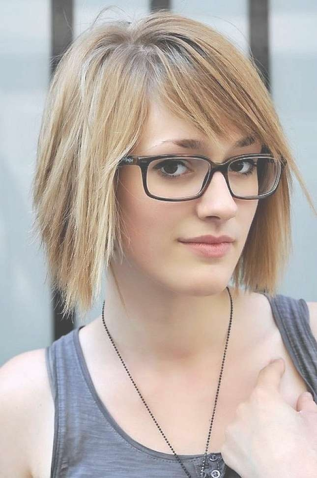 Women's Hairstyles: Layered Hairstyles Medium Blonde Hair Side Within Current Medium Haircuts With Bangs And Glasses (View 6 of 25)