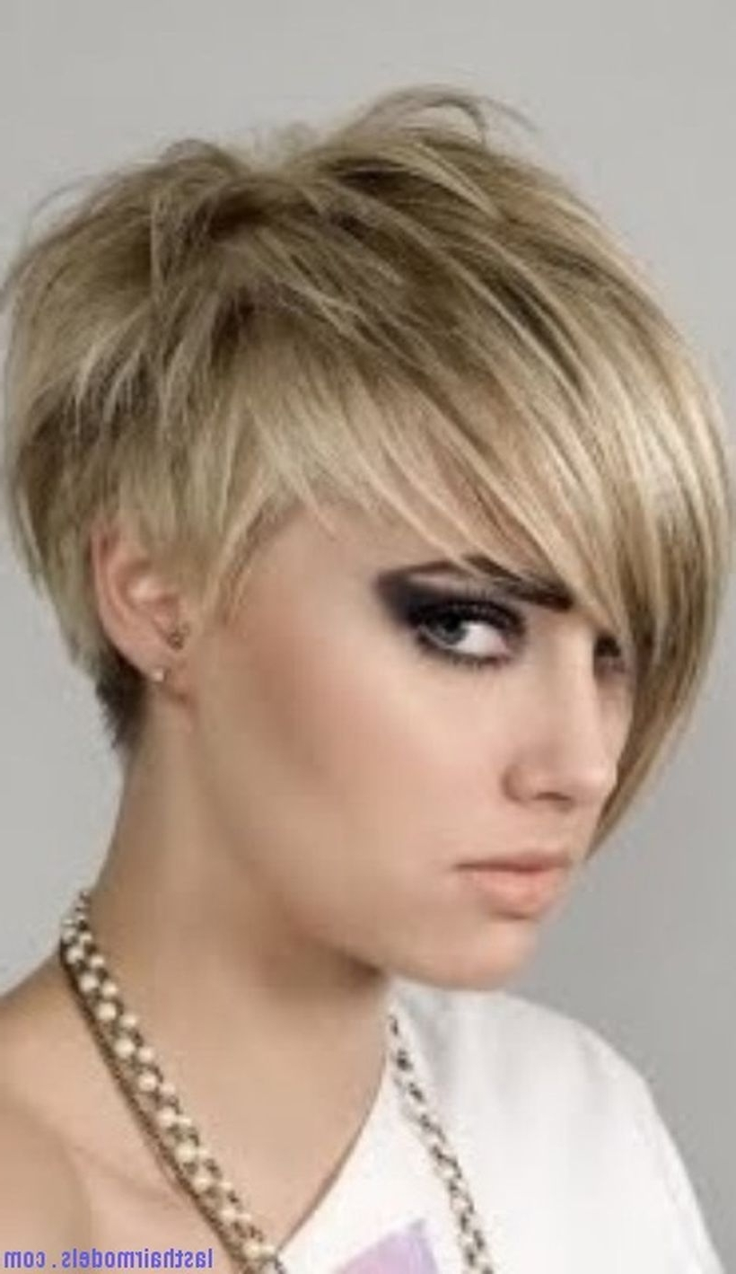 Displaying Photos Of Short Pixie Hairstyles With Long Bangs View 6
