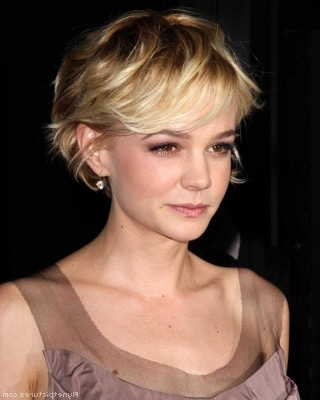 Showing Gallery of Shaggy Crop Hairstyles (View 8 of 15 Photos)